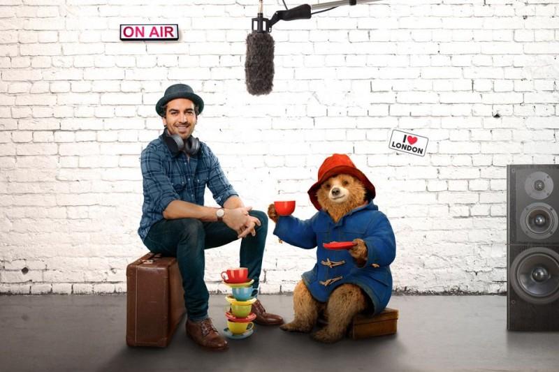 Der Bär Paddington mit seiner deutschen Synchronstimme Elyas M'Barek